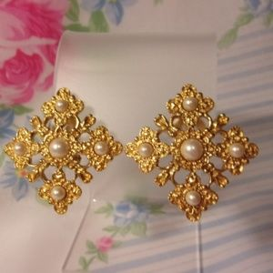 Liz Claiborne Faux Pearl Gold Tone Clip Earrings